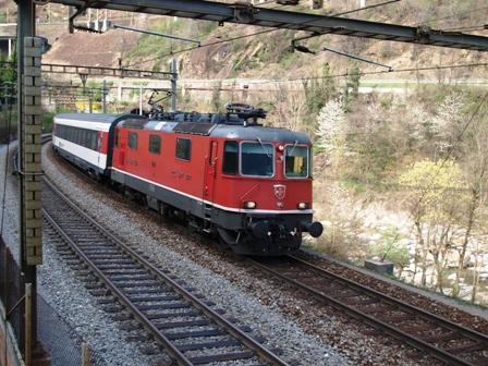 Re 4/4 II 11157